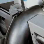 Particolare costruttivo della morsa idraulica - Troncatrice Imet modello VTF500 SHI-E